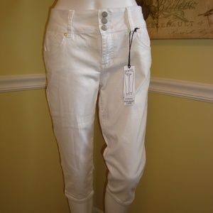 d. jeans High Waist Capris in White